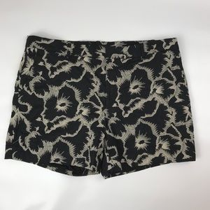 BR Casual Shorts Embroidered Design